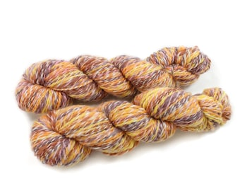 Handspun Yarn - Setting Sun - Falkland wool and Shetland, Worsted Weight, 400 Yards