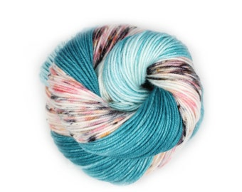 Hand Dyed Yarn - Dyed Yarn - 100% Merino - DK Weight - Flying Flamingo - 200 Yards
