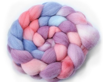 Handpainted Roving -  Hand dyed Roving - Dyed Roving - Spinning Fiber - Cinderella - Falkland Wool, 4 Ounces.