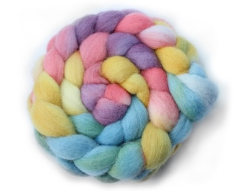 Handpainted Roving -  Hand dyed Roving - Dyed Roving - Spinning Fiber - Sassy Sprinkles - Falkland Wool, 4 Ounces.