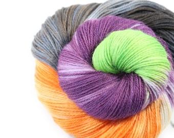 Hand painted yarn - hand dyed yarn - dyed yarn - hand dyed fingering weight yarn - 400 yards - Sock Yarn - fingering weight yarn - Ghoul