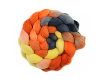 Hand Painted Roving - Dyed Roving - Hand dyed roving - Spooky Halloween  - 100% Merino wool -  4 Ounces
