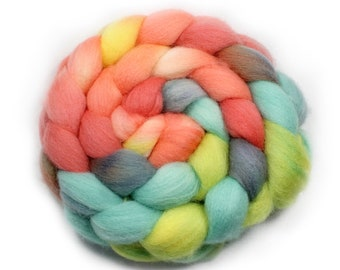Handpainted Roving- dyed roving - dyed wool - spinning fiber - Falkland wool, 4 ounces - Tropical Dream
