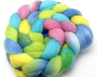 Hand Dyed Roving - Confetti Cake - Falkland Wool, 4 Ounces.