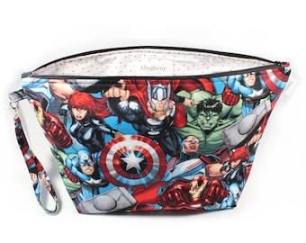 Project Bag - Knitting Project Bag - Yarn Bag - Bag with Divider - Zipper Project Bag - project bag with lanyard - Marvel