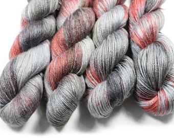 Hand painted yarn - hand dyed yarn - dyed yarn - hand dyed fingering weight yarn - 400 yards - fingering weight yarn - Murderino