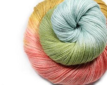 Hand dyed Yarn - Hand painted yarn - dyed yarn - hand dyed fingering weight yarn - 400 yards - fingering weight yarn - Vintage Vibes