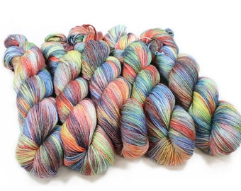 Hand dyed Yarn - Hand painted yarn - dyed yarn - hand dyed fingering weight yarn - 400 yards - fingering weight yarn - Color Wheel