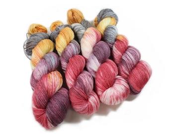 Hand painted yarn - hand dyed yarn - dyed yarn - hand dyed fingering weight yarn - 400 yards - fingering weight yarn - Winter Lily