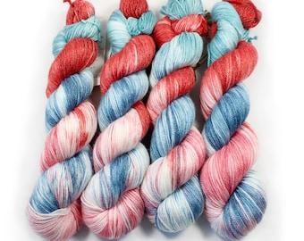 Hand dyed Yarn - Hand painted yarn - dyed yarn - hand dyed fingering weight yarn - 400 yards - fingering weight yarn - Lazy Sun-daze