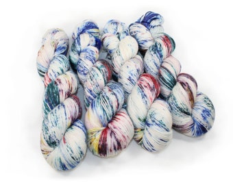 Hand dyed Yarn - Hand painted yarn - dyed yarn - hand dyed fingering weight yarn - 400 yards - fingering weight yarn - Frozen Speckles