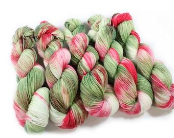 Hand dyed yarn - Corriedale Wool -  hand dyed fingering weight yarn - 400 yards - Sock Yarn - fingering weight yarn - Cherry Blossom