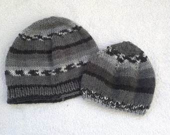 Knitted father-son beanies 12c86bed9a2