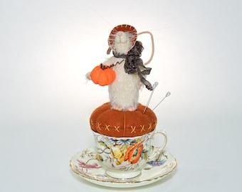 Whimsical Handmade Mohair Mouse | Vintage Vessel Mouse | Whimsical Mouse | Mouse Pinkeep