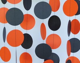 Halloween Garland, Orange and Black Paper Garland, Halloween Decoration, Orange & Black Graduation Party Decor, 10 ft. long