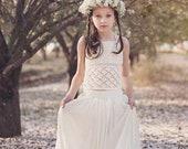 Boho Crochet Lace Flower Girl Dress, Junior Bridesmaid Dress, Rustic Flower Girl Dress, Bohemian Flower girl Dress, Hippie wedding