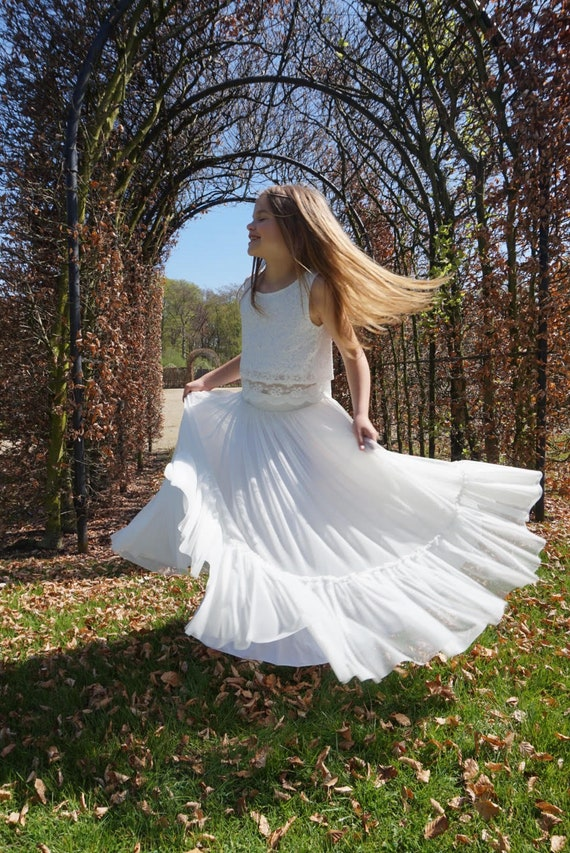 e041840ce3 Boho-chic Flower Girl Dress Junior Bridesmaid Dress Boho | Etsy