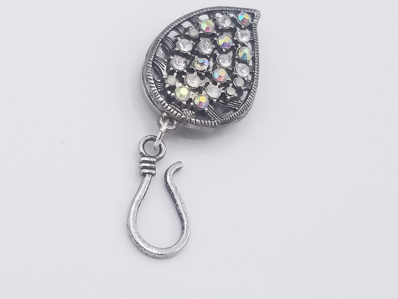 Magnetic Portuguese knitting pin tear drop with rhinestones