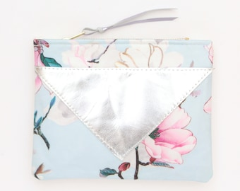 Floral makeup bag. Cotton zipper pouch. Cosmetic pouch. Makeup organizer. Pencil pouch. Travel pouch. Silver leather. Romantic. /LOVELY 3