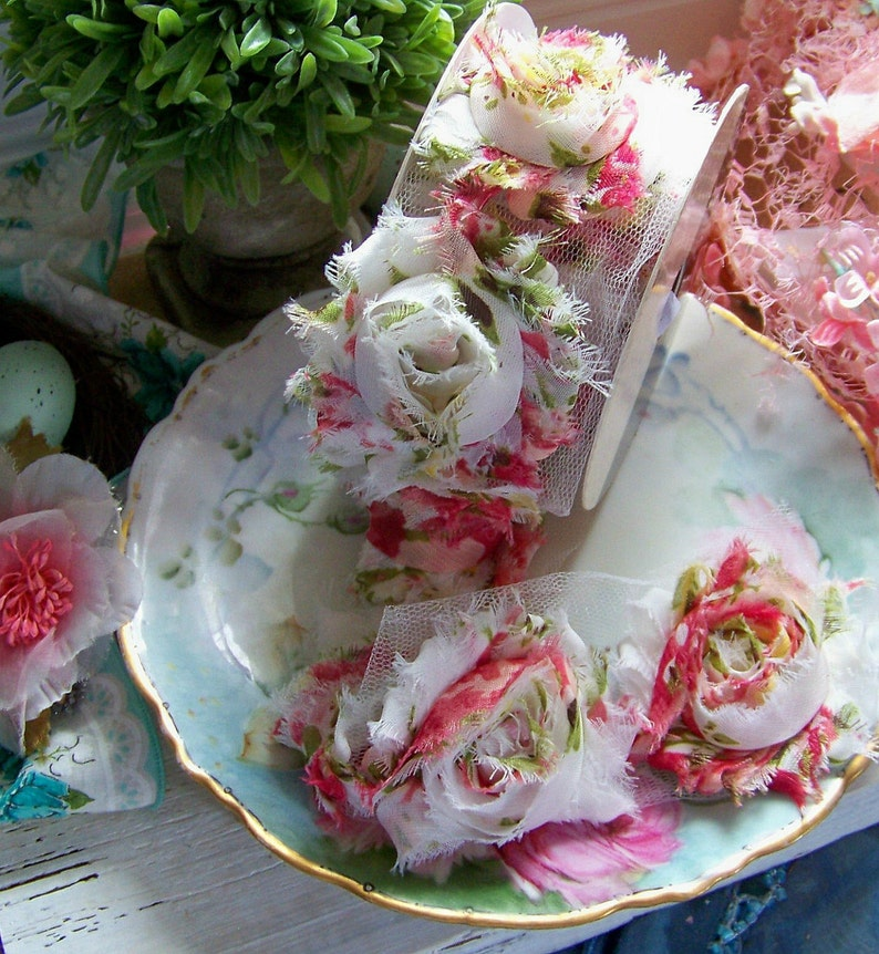 Cream Shabby Style Rose Ribbon Rose Trim Pink Rosette Ribbon Romantic Trims Romantic Ribbons Rosette Trims Green Cottage Chic