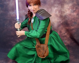 Mara Jade Leather Bag (green dress)
