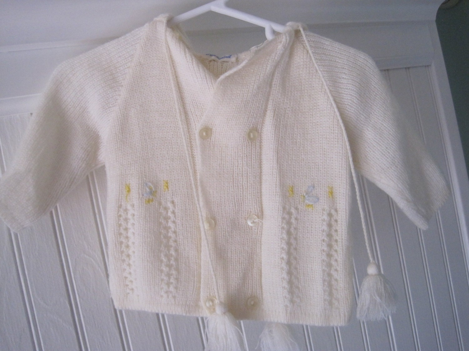 e7a57e5bc895 Vintage hooded baby sweater by Friemanit