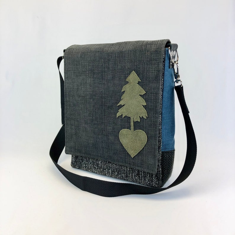 Messenger Style Bag One Of A Kind Purse Durable Shoulder Bag image 0