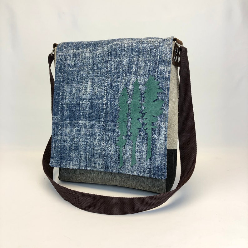 Purse Messenger Bag One Of A kind Hand Crafted image 0
