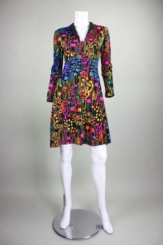 1970's Dress with Neon Psychedelic Print Vintage - image 2