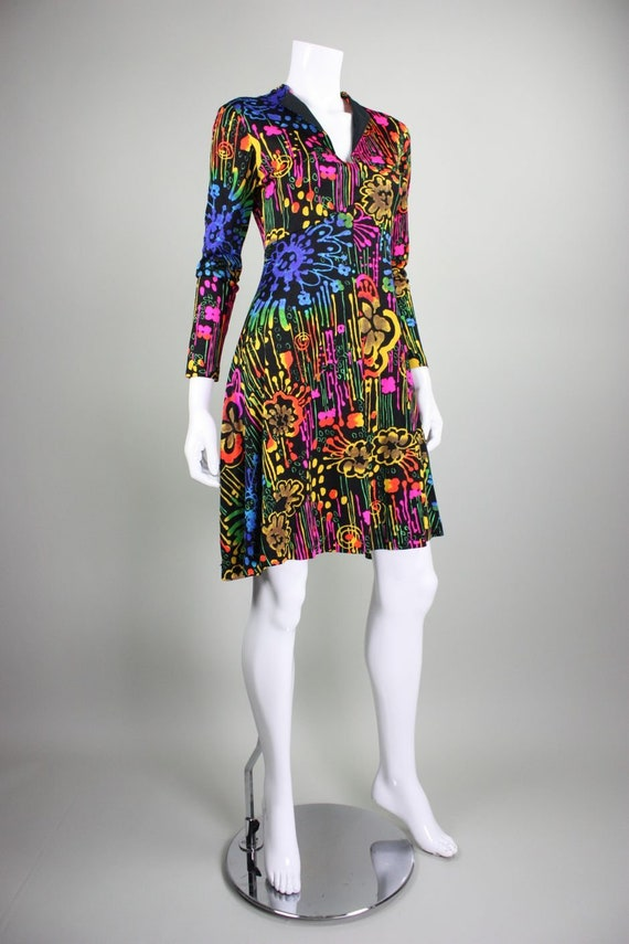 1970's Dress with Neon Psychedelic Print Vintage - image 4