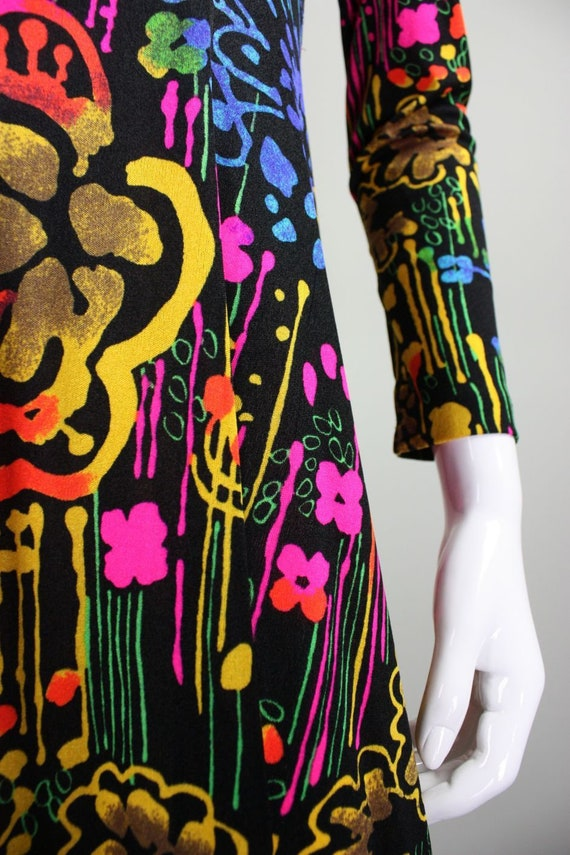 1970's Dress with Neon Psychedelic Print Vintage - image 8