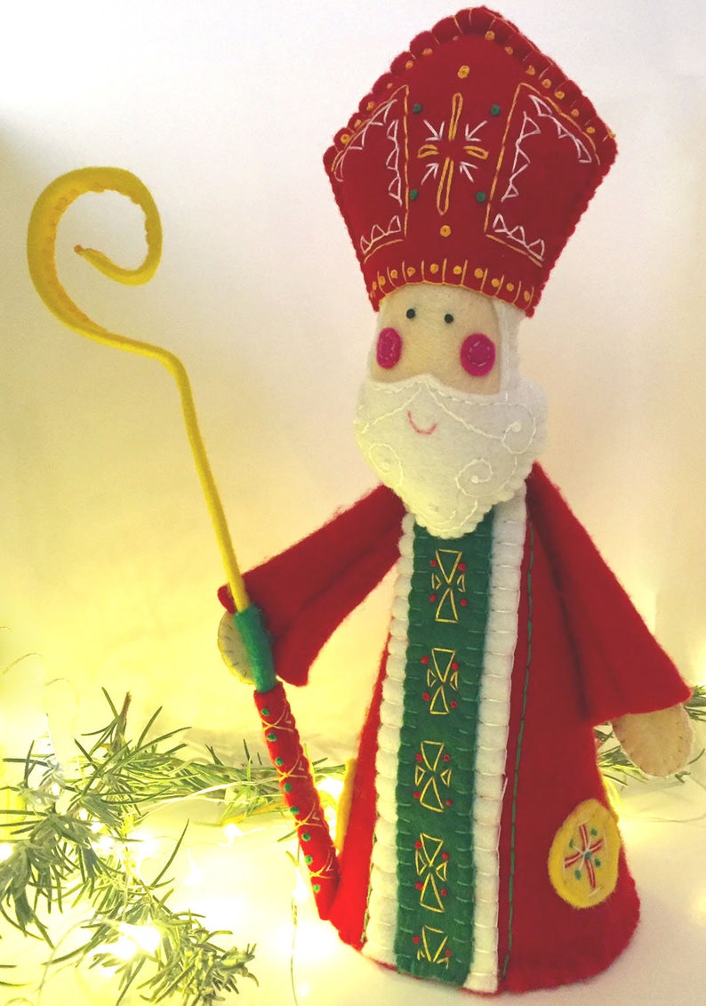 ST NICHOLAS ~  a PDF pattern for a hand embroidered felt St Nicholas ornament and free standing decoration