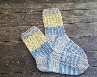 Tejido a mano lana calcetines - colores para las mujeres - tamaño grande-US W10-10.5, EU42