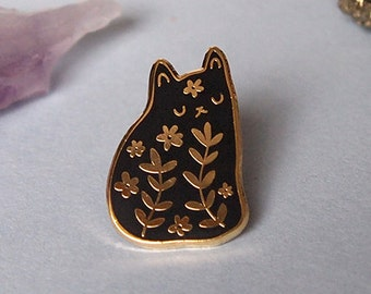 Floral cat enamel pin - pin badge, pins, badge, enamel pins, cat lover gift, flowers, cat enamel pin, pins, pin badge, enamel pins, pins