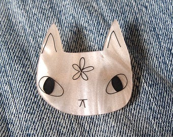 Peachy cat brooch - Cat brooch - Cat flower brooch - Laser cut brooch - acrylic brooch - I like cats - Cat gift - Cats - Cat jewellery -