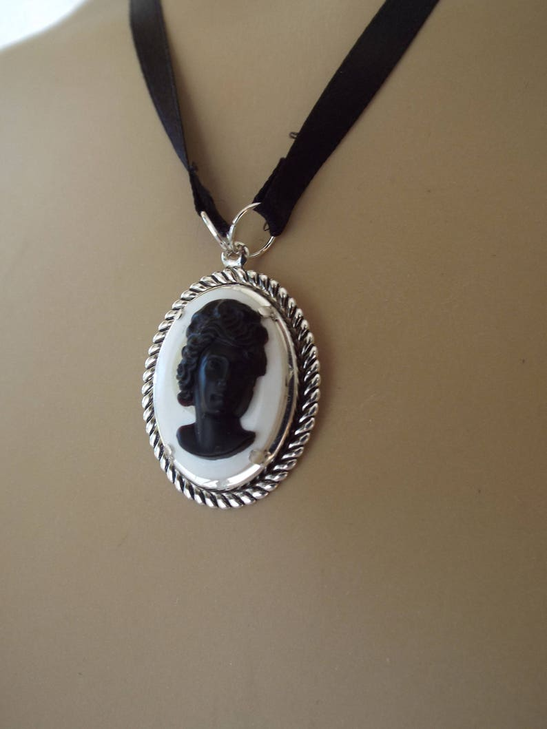 Cameo Black on White Silver Tone Metal Bezel Satin Necklace
