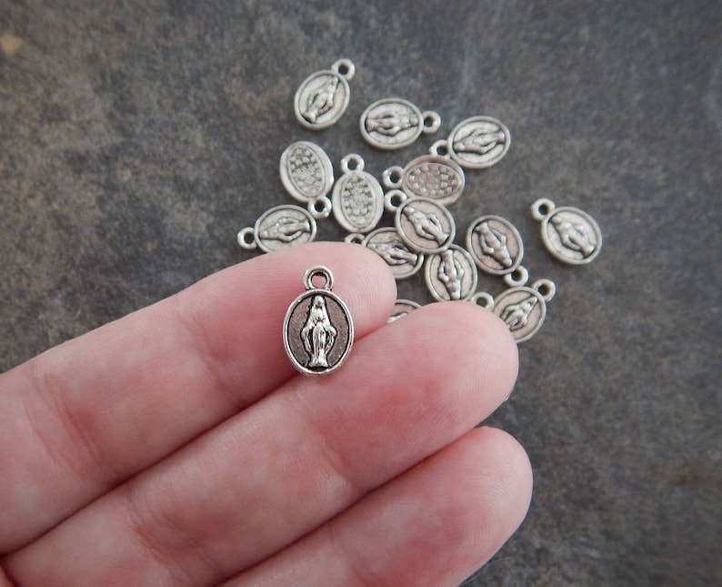 40 Mini Immaculate Mary Medals Charms Rosary Jewelry Supplies Tiny Atq Silver Tone with Varying Contrast 13x9.5mm