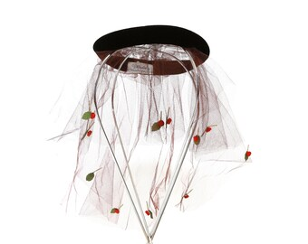 bird cage veil | Vintage 50s whimsies by norman paulvin Rose flower hair net hat hair piece | Flower net veil