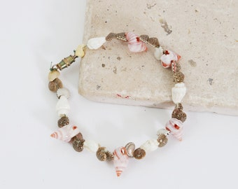 Waikiki waves seashell bracelet | vintage real seashell bracelet