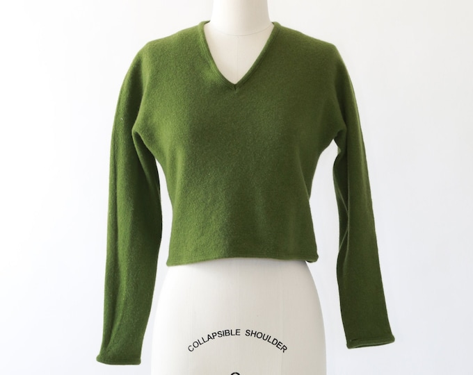Roos Atkins Italian sweater | Vintage 60s green wool sweater | cropped knit sweater | V neck sweater