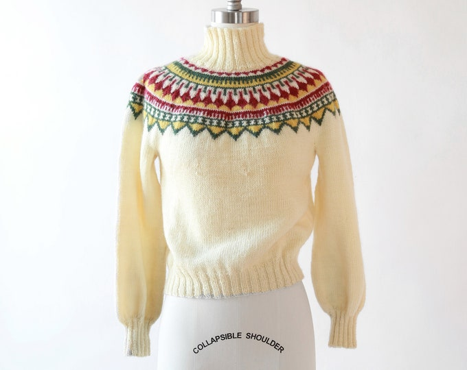 Norwegian fair isle wool sweater | Vintage 50s cropped ivory knit wool sweater | 1950s Hand knit Norway Christmas sweater