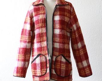 40s reversible plaid jacket   Vintage 40s plaid fleece jacket