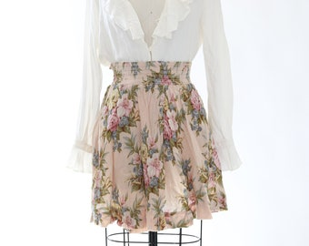 Floral mini skirt | Vintage 90s crinkle rayon floral mini skirt L