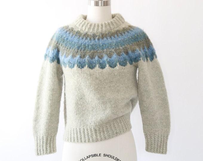 Scallop Danish knit sweater   Vintage 80s Danspinn hand knit wool sweater   Winter wool sweater