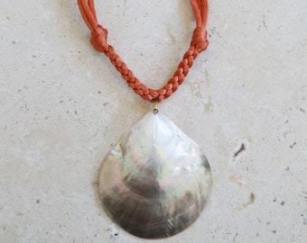 Vintage mother of pearl sea shell Necklace   Vintage orange rope large shell boho gypsy Necklace pendant