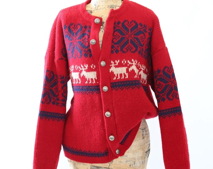 Vtg Nordic red knit Christmas snowflake Reindeer Norway wool cardigan sweater M