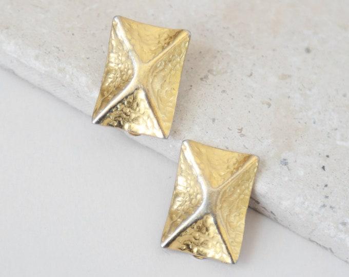 Square earrings | Vintage 80s 90s gold statement earrings | clip on earrings