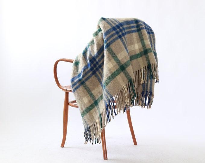 Vintage 50s Chase plaid wool fringe blanket throw
