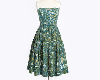 Surf riders Hawaiian Dress  Dress | Vtg 50s Surfriders green Hawaiian dress | 1950s tropical Hawaiian full skirt dress