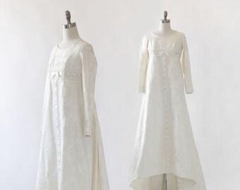 Bridallure wedding gown | Vintage 1960s wedding dress | floral wedding down | Deadstock wedding dress